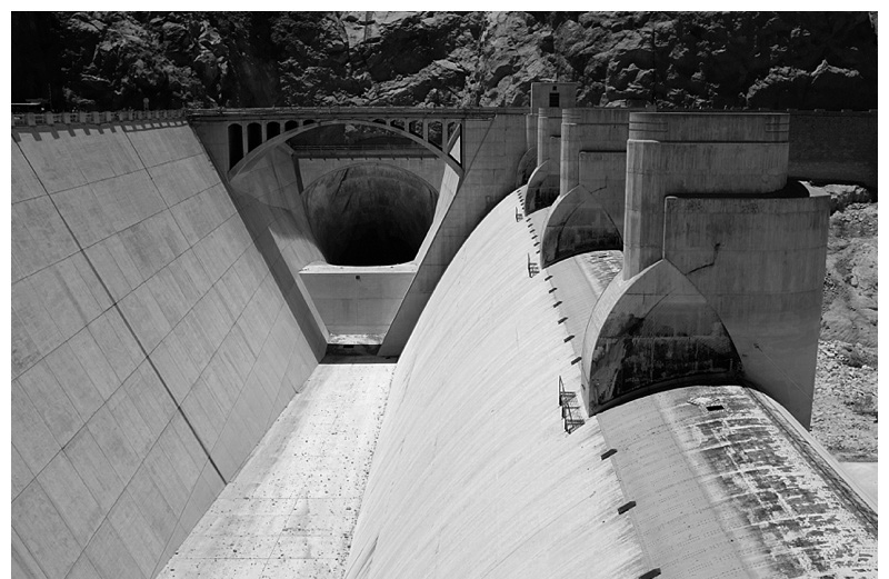 Hover_dam_Las_Vegas_Cathedral_Gorge_0002